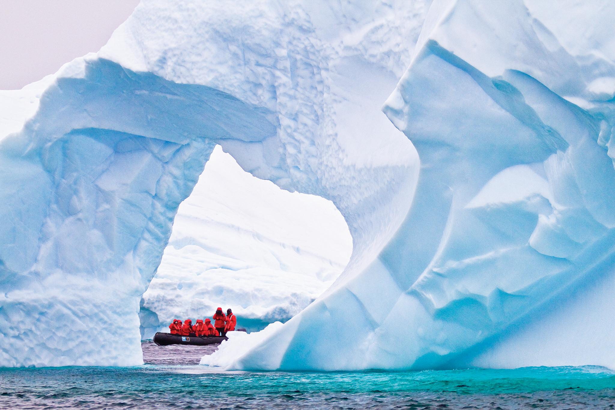 Antarctica with Lightfoot Travel