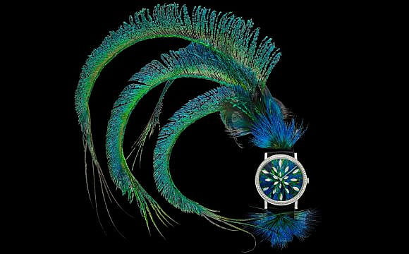 Feather jewellery pieces