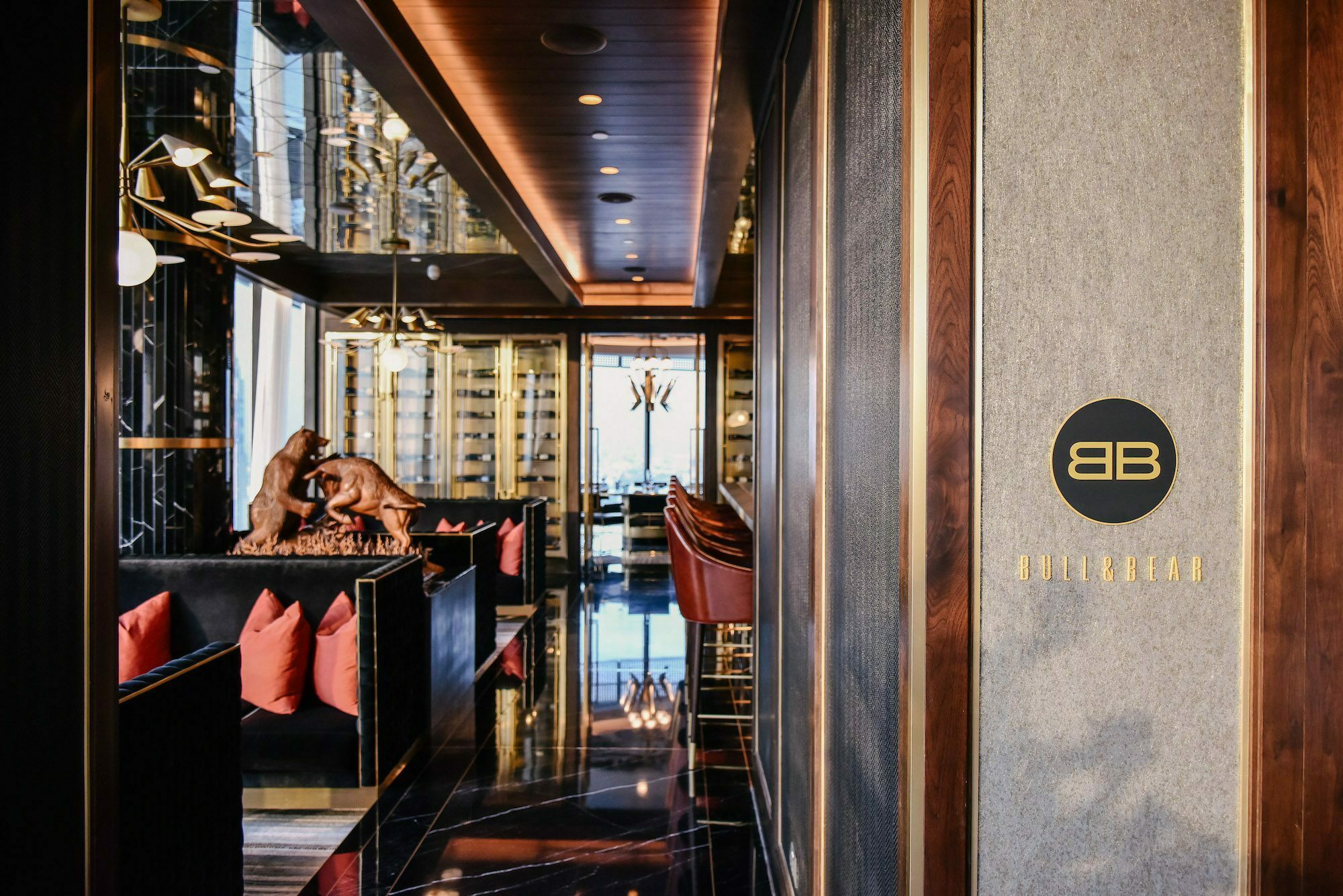 Bull & Bear steakhouse Bangkok, Waldorf Astoria
